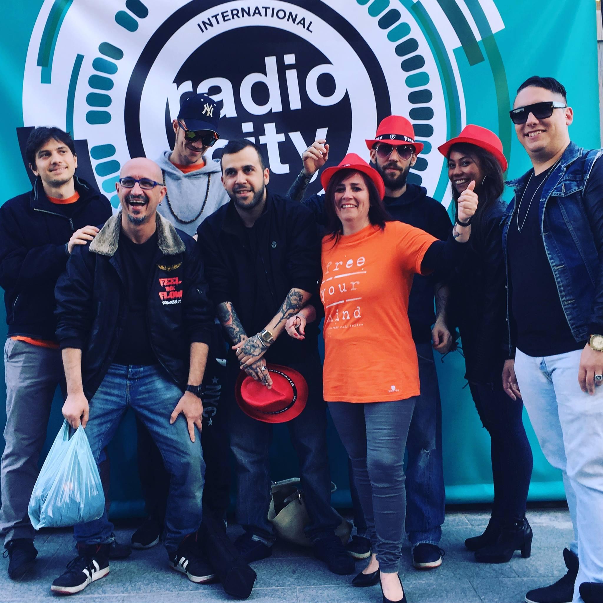 Roberto Bocchetti al RadioCity Milano 2017 con lo staff di R23