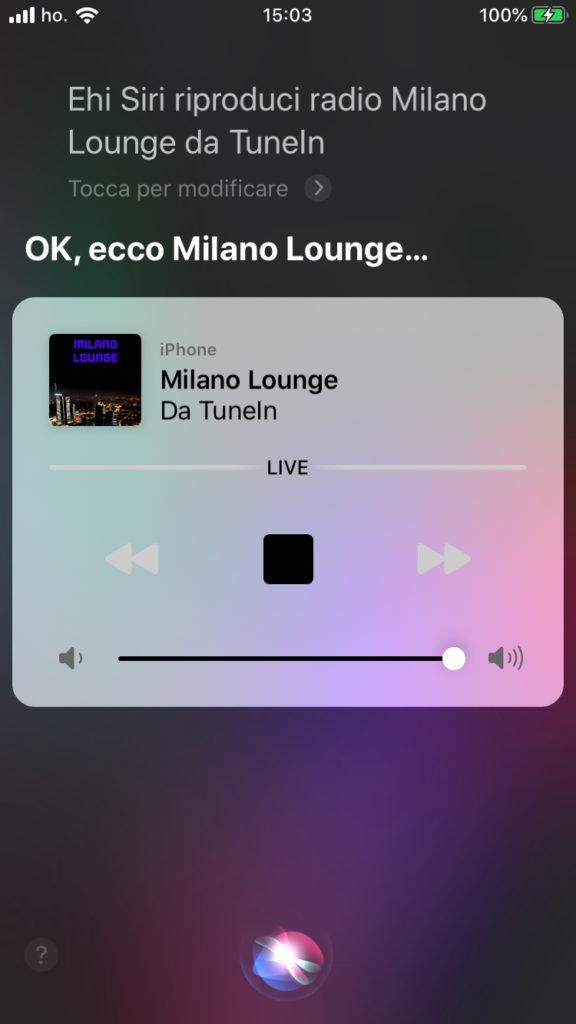 Siri riproduce radio Milano Lounge  da Tunein
